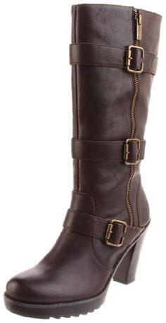 love these brown boots