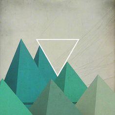 Легко расположить такие одноцветные пирамидки в пространстве, если добавить воздушную перспективу. Ближние пирамиды ярче, дальние тусклее.