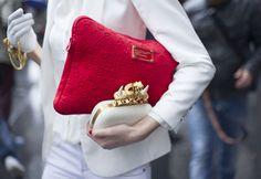 Duo de clutches é a nova mania das fashionista
