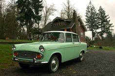 http://1.bp.blogspot.com/-dTQv8oWwNDs/UMNpNYDWk4I/AAAAAAAAT_w/ap8I9Fic2xQ/s1600/1965-Toyota-Tiara-1900-Sedan-1.jpg