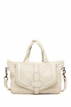 <3 #handbag #ivory