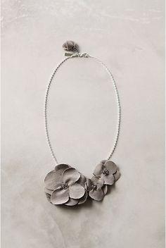 Floral bib necklace DIY tutorial