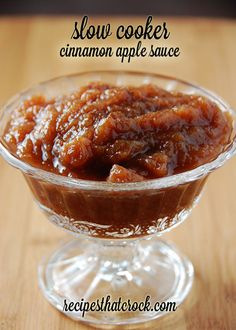 Slow Cooker Cinnamon Apple Sauce- Tastes like apple pie! Mmmm! Fantastic fall crock pot recipe. #CrockPot
