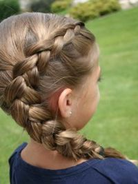 How to style little girls hair.  Long hair styles and braids.