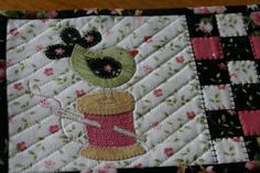 Mug Rug ~ Sew'n Wild Oaks Quilting Blog: Gifts in the Mail