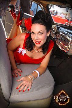 Pin-up model Dottie Mae Photographer Roy Varga Sunday Slacker 1948 Buick. At Viva Las Vegas    http://sundayslacker.com/