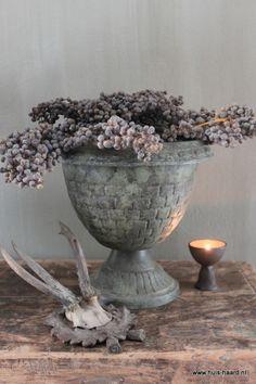 Potten kruiken vazen huis haard on pinterest pots for Landelijke woonaccessoires