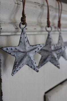 metal, christma decor, christmas decorating ideas, decorations, scandinavian christmas, rustic christmas, christmas ideas, ornaments, christmas stars