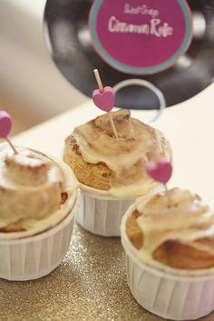 Valentine's Day: Valentine's Breakfast Cinnamon Rolls