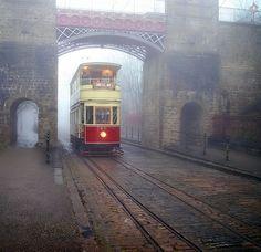 Foggy Tramway, Derbyshire, England  photo via versaversa