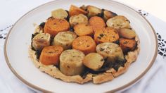 Roasted Yam and Kale Upside-Down Tart // recipes, tarts, Easter recipes, brunch recipes