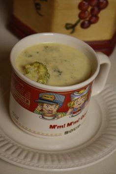 Paula's Bread: Creamy Broccoli & Cheddar Soup
