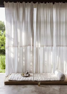 reading spot, summer houses, curtain