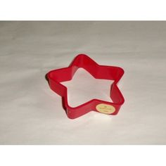 1981 Hallmark Red Christmas Holiday Star Cookie Cutter Plastic With Sticker