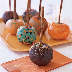 Halloween Candy Apple Treats | #fall #autumn #halloween #treats