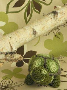 Free Amigurumi Patterns Bunny : Amigurumi Turtles on Pinterest Crochet Turtle, Turtles ...