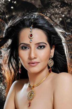 TV Actor Geetanjali Mishra ~ beautiful ~ jewelry