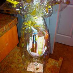 """Lip-tini""! Wine glass + lip gloss + lip balm. Mary Kay holiday bundle all wrapped up"