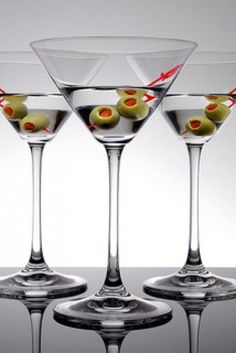 The vintage classic (vodka) martini