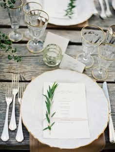 Simple table setting - green, white and gold