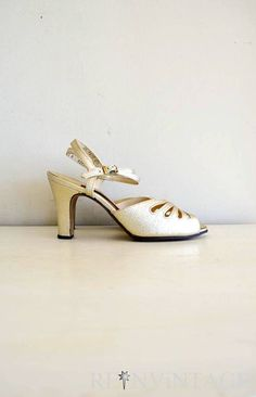 vintage gold shoes 1970s metallic gold high by shopREiNViNTAGE, $ 42.00