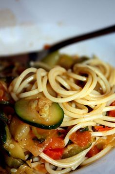Spaghetti with Zucchini and Tomatoes   Delicious Cooking