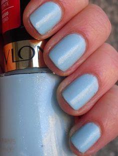 blue nails <3