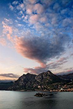 Vista da Montisola al Tramonto, Italy