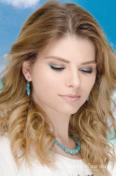 Summer azure makeup