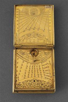 Nécessaire astronomique 1565. 16th century, Renaissance. Compass / Sundial.