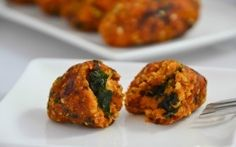 This recipe is FABULOUS!! Crispy Kale and Pumpkin Croquettes are a tasty (and healthy!) way to impress! #entertaining #appetizer #sides #recipes #skinnyms