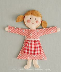 FREE DOLL TUTORIAL http://charlaanne.typepad.com/charlaanne/2012/03/-doll-tutorial-.html