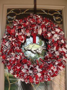 Half Razorback/half Tarheel wreath......
