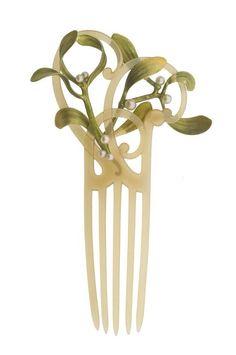Art nouveau botanical hair comb