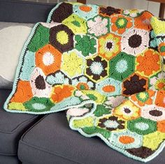 Dots + Poppies Baby #Crochet Blanket by Linda Permann