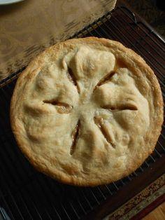 Homemade Apple Pie #recipe from culinarycoutureblog.com