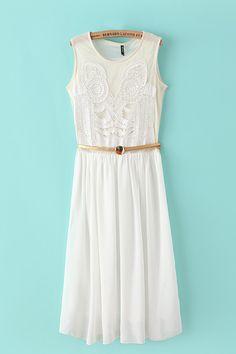 White Discoid Flower Pleating Chiffon Dress