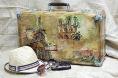 чемодан винтажный - Поиск в Google Vintage suitcases Pinterest Google ve Arama