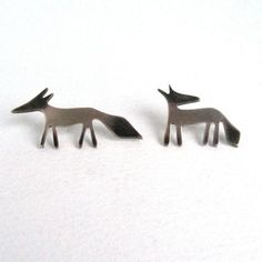 Silver Fox pins | Contemporary Brooches by contemporary jewellery designer Becky Crow