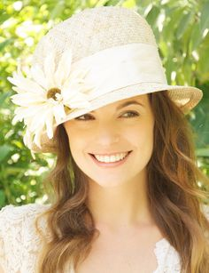 Cloche. Knotted Sisal Straw, Cream Silk & Flowers. Wedding Hat, Garden Party Hat, Tea Party Hat