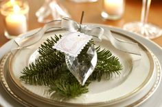 Easy Sophisticated Christmas and New Year's Eve Decor {via Celebrations}