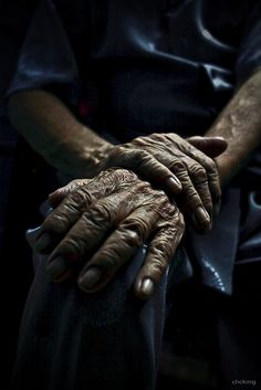 Old hands by -clicking-, via Flickr