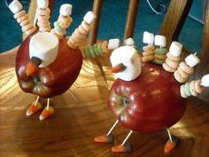 Mommy's Kitchen: Tom the Turkey for Thanksgiving.  I usually list the ingredients but the picture shows it all.  I made these when my kids were little.