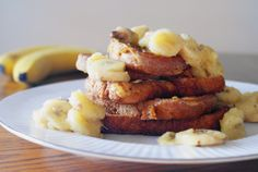 French Toast with Sweet & Salty Buttered Bananas | thetwobiteclub.com