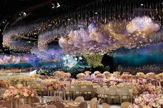 Unbelievable Wedding Sky Composed of Thousands of Light Sticks, Swarovski Crystals and Paper Cranes