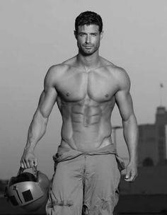 Hot Men Meow.... #shirtless #abs