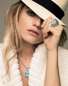 Love the hat and David Yurman jewelry