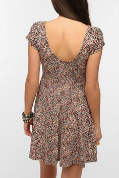 I have a dress like this and it's so adorable