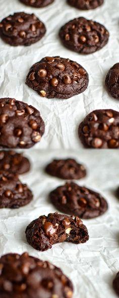 Flourless Brownie Cookies!