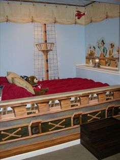 Pirate ship bed